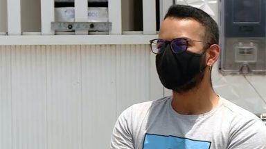 Jovem perde pai para pandemia e decide ajudar moradores de rua