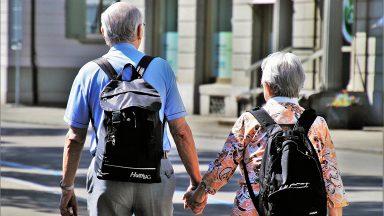 Geriatra fala sobre envelhecimento e cuidados com idosos