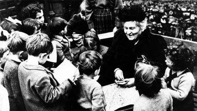 Papa recorda Maria Montessori, famosa pedagoga italiana