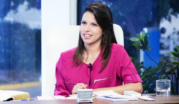 06032015_Fernanda Soares_Sorrindo