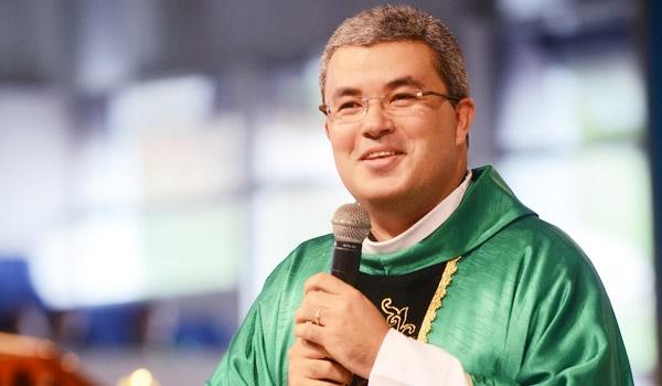 Padre Roger_Homilia