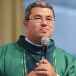 Padre Roger_Missa