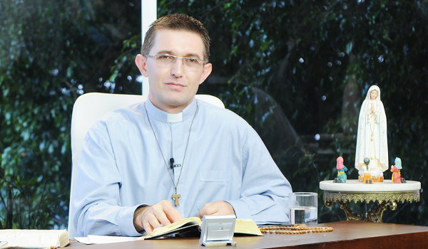 Padre Joao Marcos_Sorrindo pra Vida