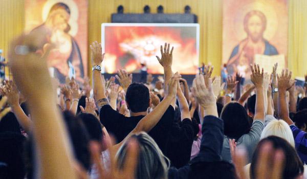 Ajude a Canção Nova a continuar evangelizando.