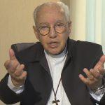 Monsenhor Jonas reza por sócios evangelizadores