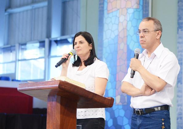 Mara e diácono Paulo. Fotos: Wesley Almeida/CançãoNova