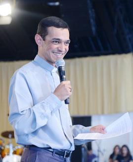 Padre Euder Monteiro. Fotos: Wesley Almeida/Fotos: CançãoNova