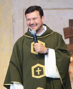Padre Hamilton Nascimento