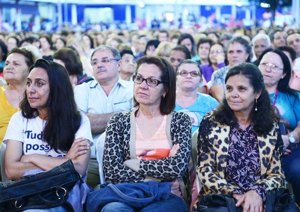 Peregrinos participam da Santa Missa na Canção Nova / foto: Wesley Almeida
