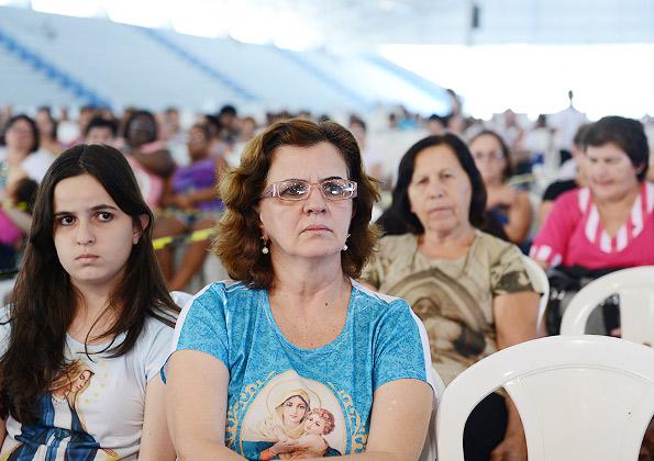 """""""Não importa a dor que você esteja passando, o seu sofrimento, proclame as maravilhas de Deus em sua vida"""", aconselha Diácono Fábio. Foto: Wesley Almeida/cancaonova.com"""