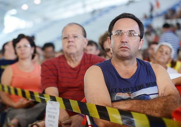 """""""O único jeito de ter paz dentro de casa é aprendendo a perdoar"""", afirma Márcio Mendes. Fotos: Daniel Mafra/cancaonova.com"""