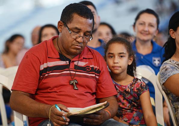 Pregação com Padre Fabricio - 595x420 (2)