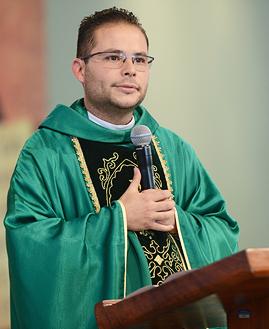 Missa Padre Arlon - 269x329