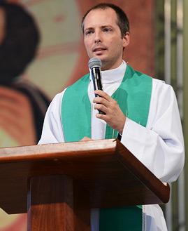 Padre Duarte Lara - Foto: Daniel Mafra/ cancaonova.com