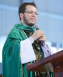 Padre  Nilso Motta - 269x329