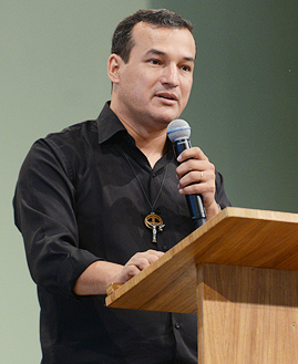 Rogério Santos. Foto: Daniel Mafra/cancaonova.com