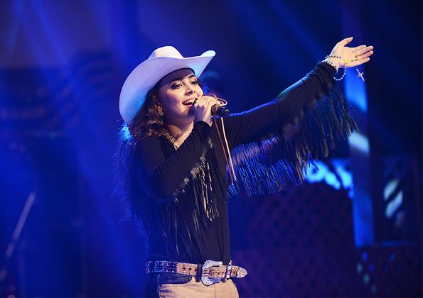 Fernanda Silva durante o show de lançamento do CD - Foto: Daniel Mafra