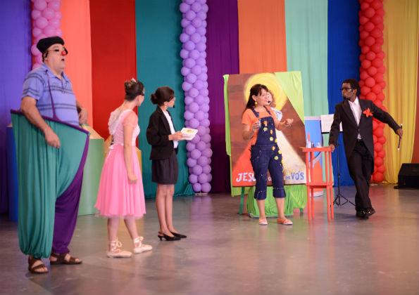 Apresentação de teatro durante o Kairós Kids - Foto: Rogéria Nair