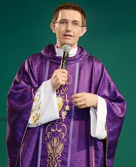 Padre João  Marcos Polak - Foto: Daniel Mafra