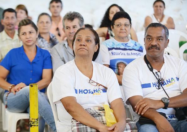 Luzia Santiago contagia os peregrinos na Canção Nova com sua alegria. Foto: Daniel Mafra/cancaonova.com