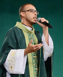 Padre Serginho Farias - Foto: Daniel Mafra/cancaonova.com