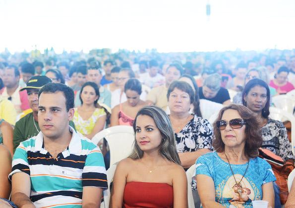 Peregrinos participam da pregação do Padre Fabrício no Carnaval da CN