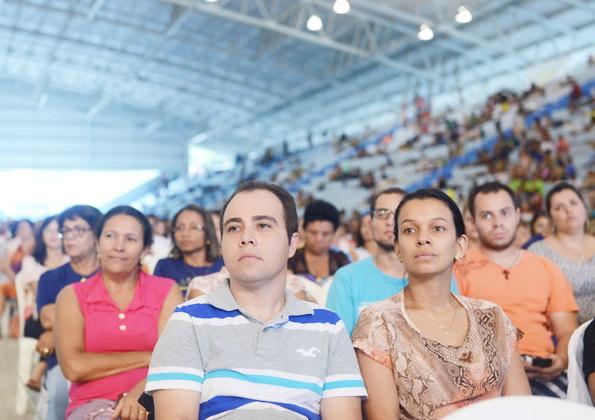 Peregrinos acompanham pregação no Acampamento de carnaval. Foto: Wesley Almeida.cancaonova.com