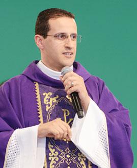 Padre Anderson Marçal - Foto: Arquivo cancaonova.com