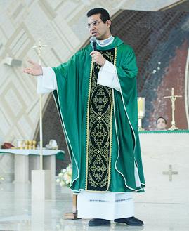 Missa com Padre Delton - 269x329