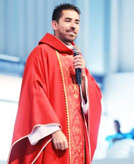 Padre Fabricio Andrade
