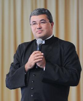 Padre Roger Luís - Foto: arquivo cancaonova.com