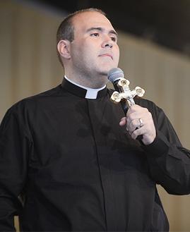 Padre Bruno Costa. Foto: Daniel Mafra/cancaonova.com