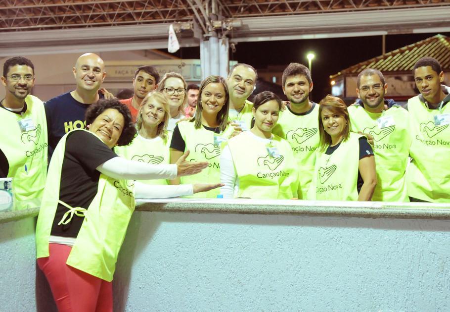 Equipe de voluntários da Acolhida