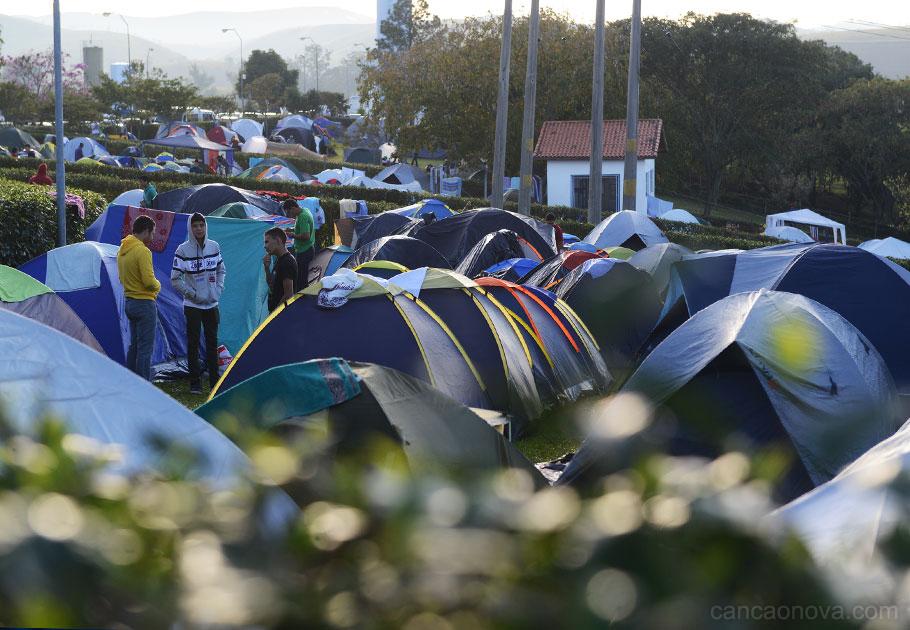 Jovens-namanha-do-segundo-dia-do-acampamento-phn