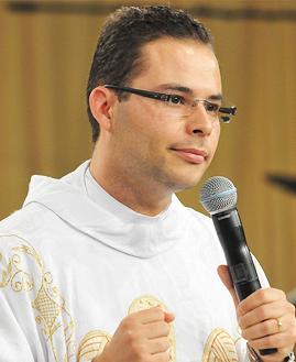 Padre Arlon - Foto: Arquivo cancaonova.com