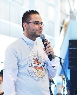 Padre Arlon Cristian. Foto: Wesley Almeida/cancaonova.com
