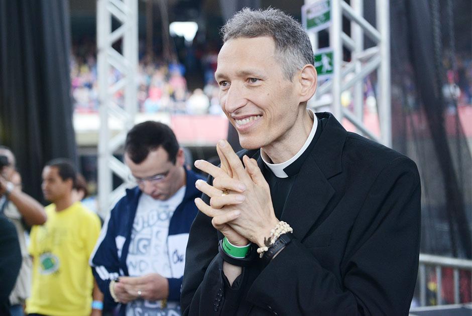 Padre Marcelo Rossi participa do Abraça São Paulo