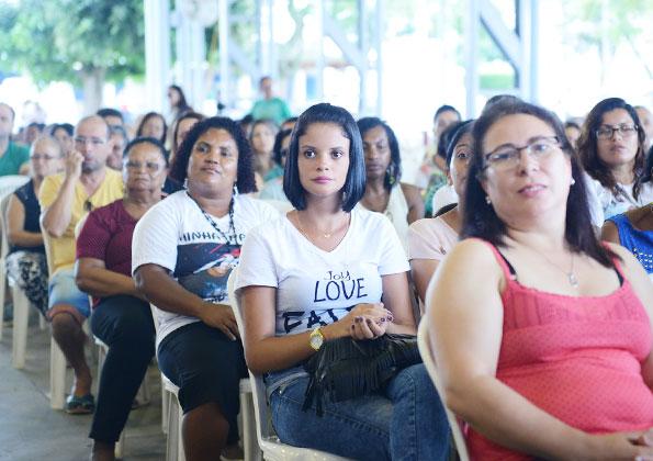 Peregrinos participam do Encontro Gente do Bem (Juntos pela vida), na Canção Nova. Foto: Wesley Almeida/cancaonova.com