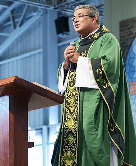 Padre Roger Luis - Foto: Daniel Mafra/cancaonova.com