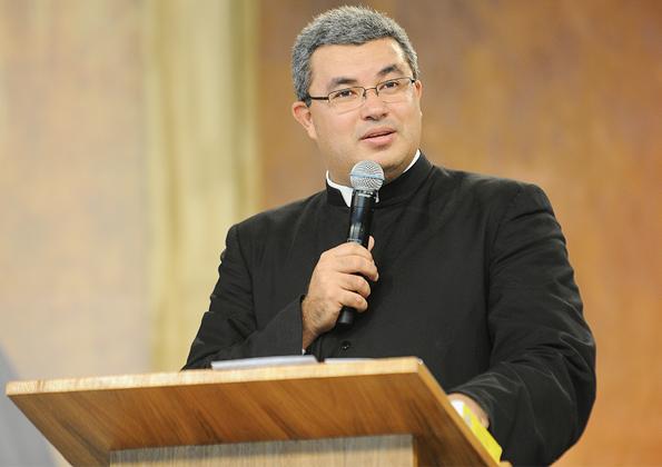 Padre Roger Luis / Foto: ArquivoCN