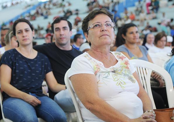 poe _o _lixo_ para_ fora_da_ sua_casa