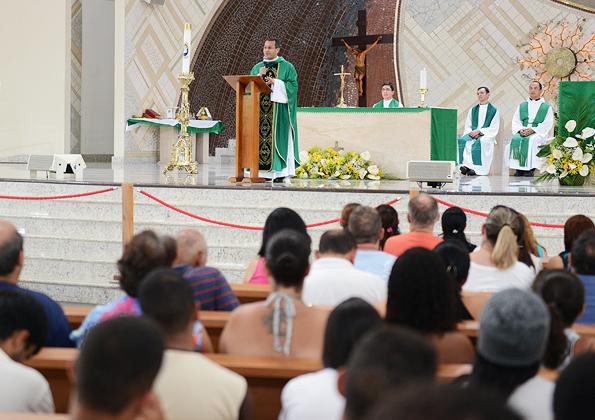 Missa com o Padre Demetrio
