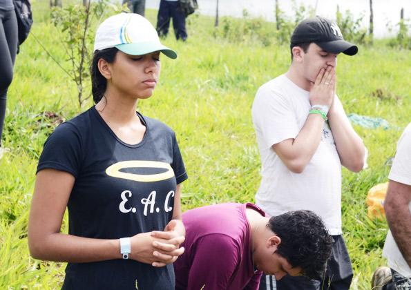 Marcela veio para o #RVJ2016 com o coração aberto para Deus. Foto: Wesley Almeida/cancaonova.com