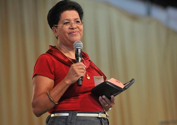 Irmã Maria Eunice prega na Canção Nova. Foto: Arquivo/CN