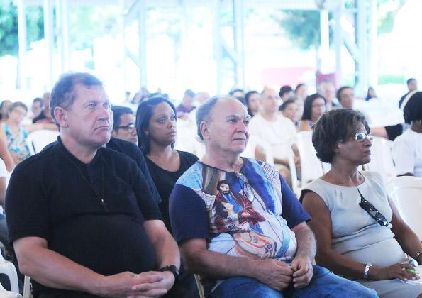 Peregrinos participam da Quinta-feira de Adoração na Canção Nova - Foto: Wesley Almeida.