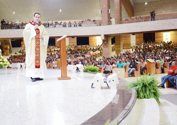 Santa Missa da Ceia do Senhor é celebrada no Santuário do Pai das Misericórdias - Foto: Wesley Almeida