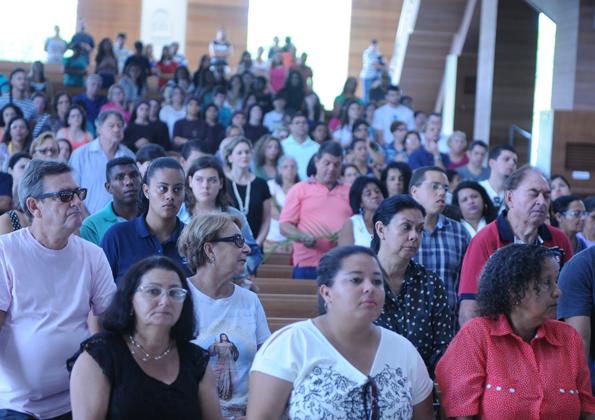 Peregrinos participam da Missa de Domingo Ramos / Foto: Regiane Calixto