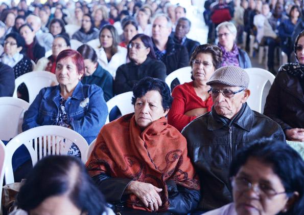 """""""Deus vai vencer o mal na nossa vida"""" Márcio Mendes Foto: Wesley Almeida/cancaonova.com"""