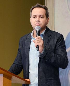 Márcio Mendes Foto: Wesley Almeida/cancaonova.com
