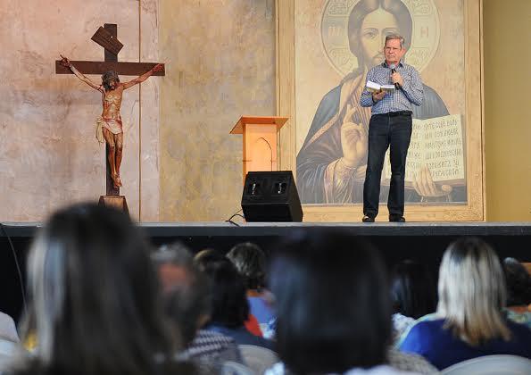 A coisa mais espetacular é estar na presença de Deus. (Prof. Felipe Aquino) Foto: Daniel Mafra/cancaonova.com